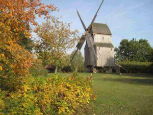 Bockwindmühle im Herbst